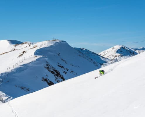 Abfahrt Richtung Hundsfeldhütte auf der Nockberge-Trail Skidurchquerung