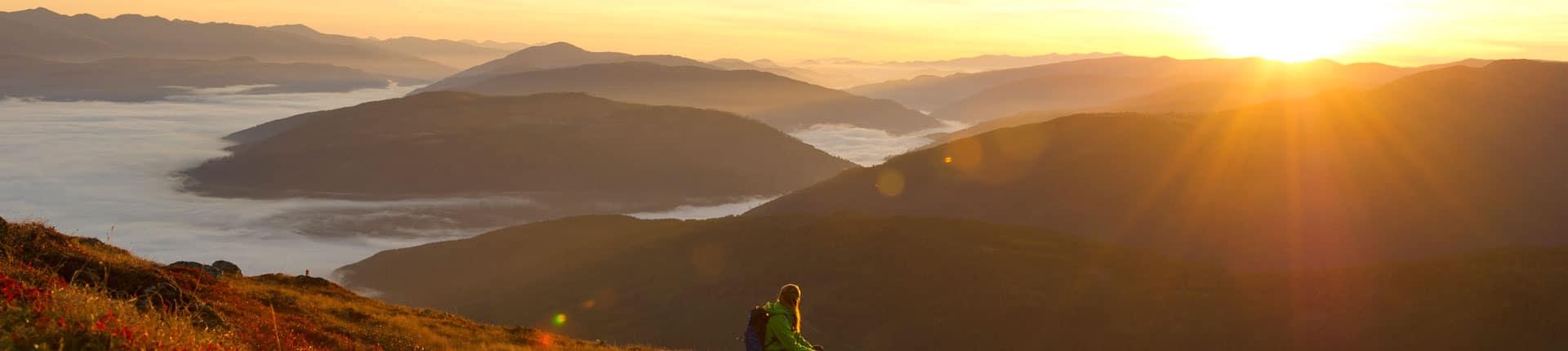 Sonnenaufgang im Hergst am Nockberge-Trail Wanderroute