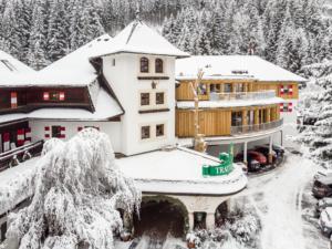 Hotel Gut Trattlerhof im Winter